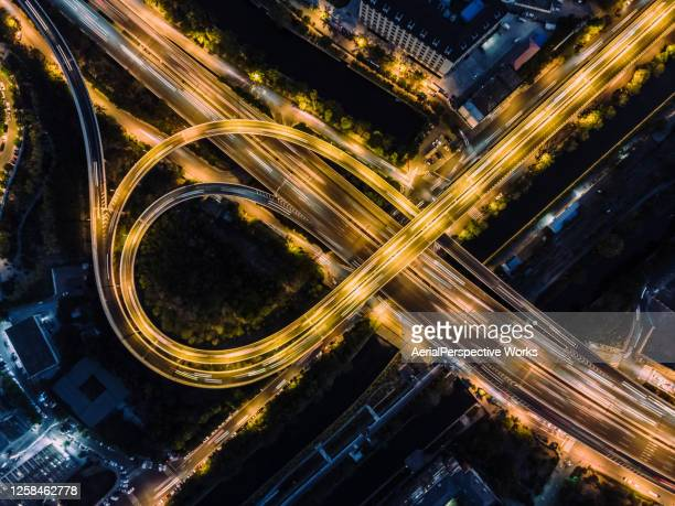 top-ansicht von überführung und stadtverkehr zur rush hour / peking, china - veränderung stock-fotos und bilder