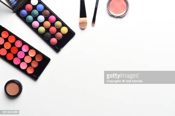 top view of set of make up products arranged on white background copy space flat lay - stage make up stock pictures, royalty-free photos & images