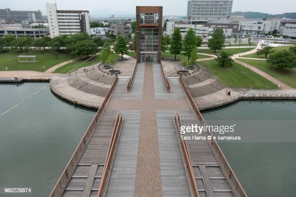 top view of the bridge (tenmon bridge) in kansui park in toyama city in japan - 富山県 ストックフォトと画像