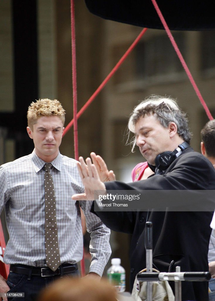 Tobey Maguire, Topher Grace, James Cromwell and Bryce Dallas Howard on the Set
