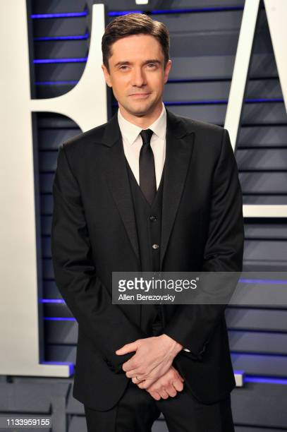 Topher Grace attends the 2019 Vanity Fair Oscar Party hosted by Radhika Jones at Wallis Annenberg Center for the Performing Arts on February 24 2019...