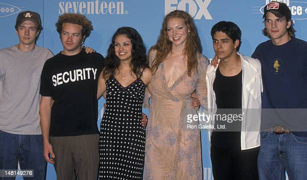 Topher Grace Danny Masterson Mila Kunis Laura Prepon Wilmer Valderrama and Ashton Kutcher attend First Annual Teen Choice Awards on August 1 1999 at...