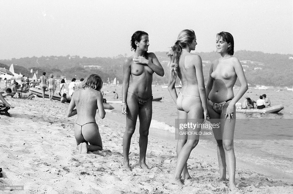 Nude sur la plage knew, once