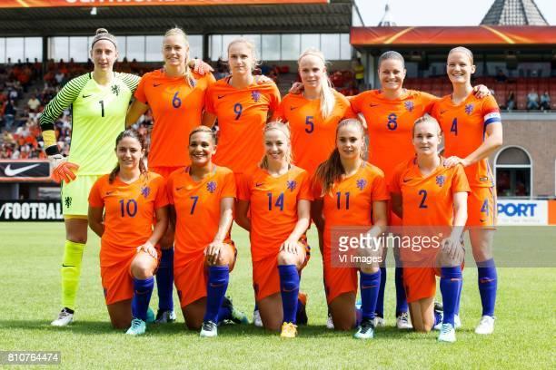 Goalkeeper Sari van Veenendaal of Holland, Anouk Dekker of Holland, Vivianne Miedema of Holland, Kika van Es of Holland, Sherida Spitse of Holland,...
