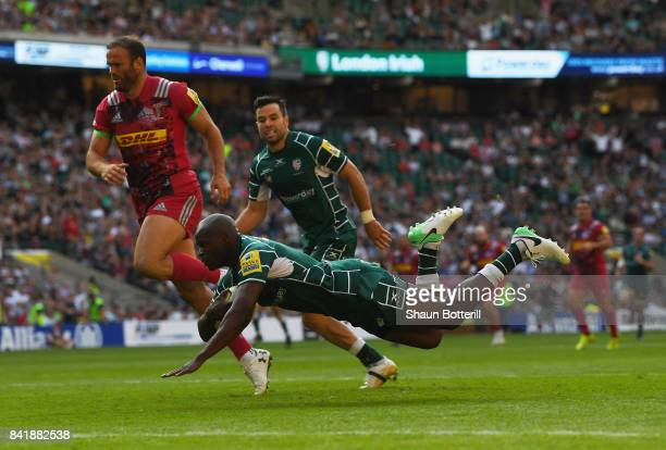 Topsy Ojo of London Irish scores their first try during the Aviva Premiership match between London Irish and Harlequins at Twickenham Stadium on...