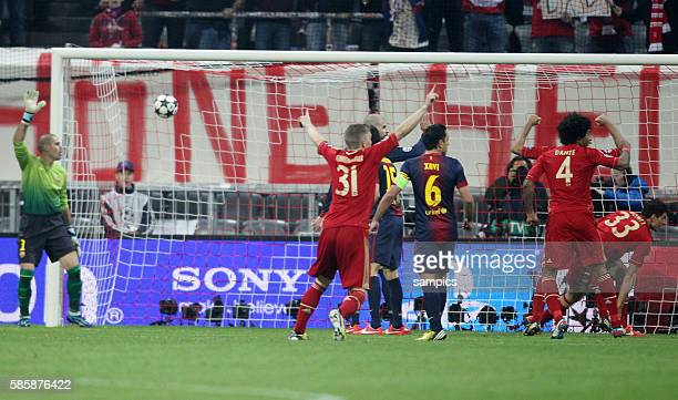 Tor von Mario GOMEZ FC Bayern München zum 2:0 Fussball Championsleague Halbfinale FC Bayern München FC Barcelona 4:0 Semifinale