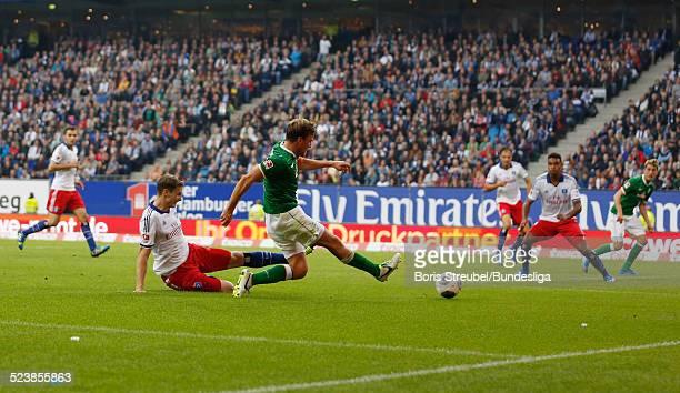 Tor zum 10 durch Nils Petersen aus Bremen durch Vorlage von Clemens Fritz waehrend des Bundesligaspiels zwischen dem Hamburger SV und Werder Bremen...