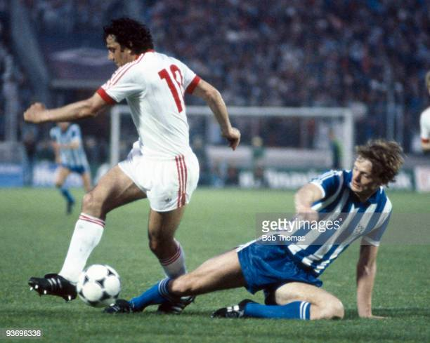 Torbjorn Nilson of Gothenburg with Felix Magath of Hamburg during the Hamburg v Gothenburg UEFA Cup Final 2nd Leg played at the Volksparkstadion in...