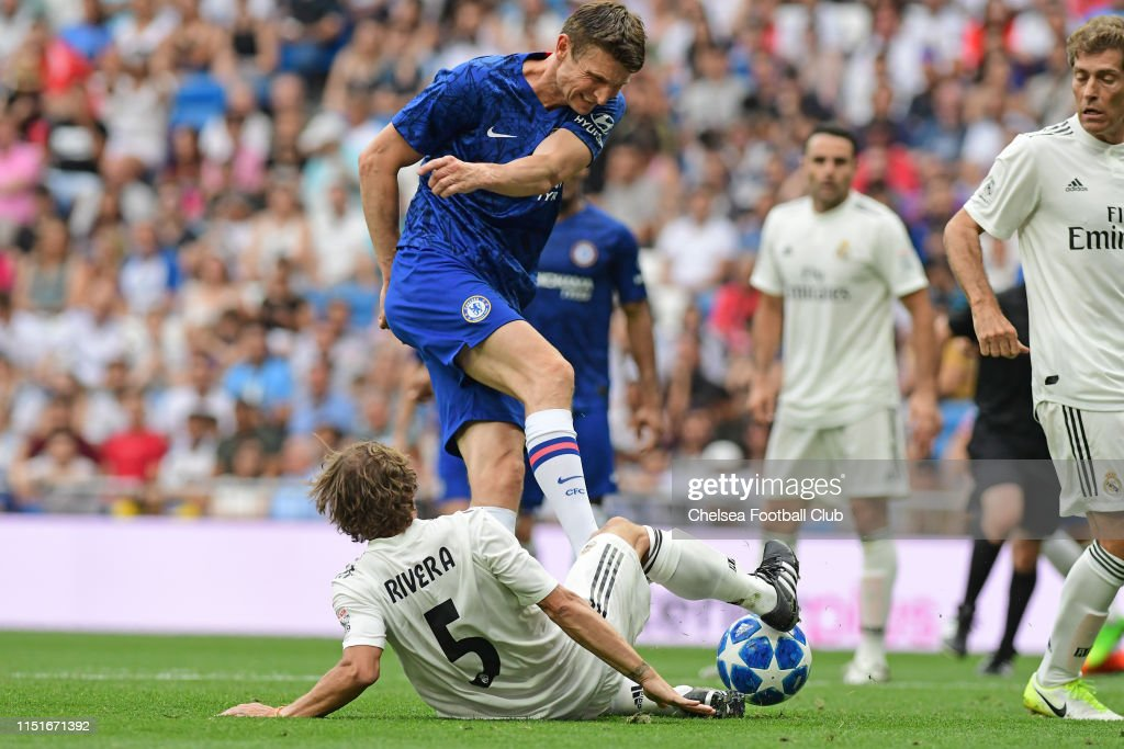 Tore Andre Flo of Chelsea during the at Real Madrid ...