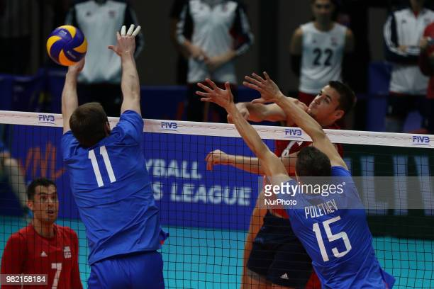 Torey Defalco Igor Philippov and Victor Poletaev during the FIVB Volleyball Nations League 2018 between USA and Russia at Palasport Panini on June 23...