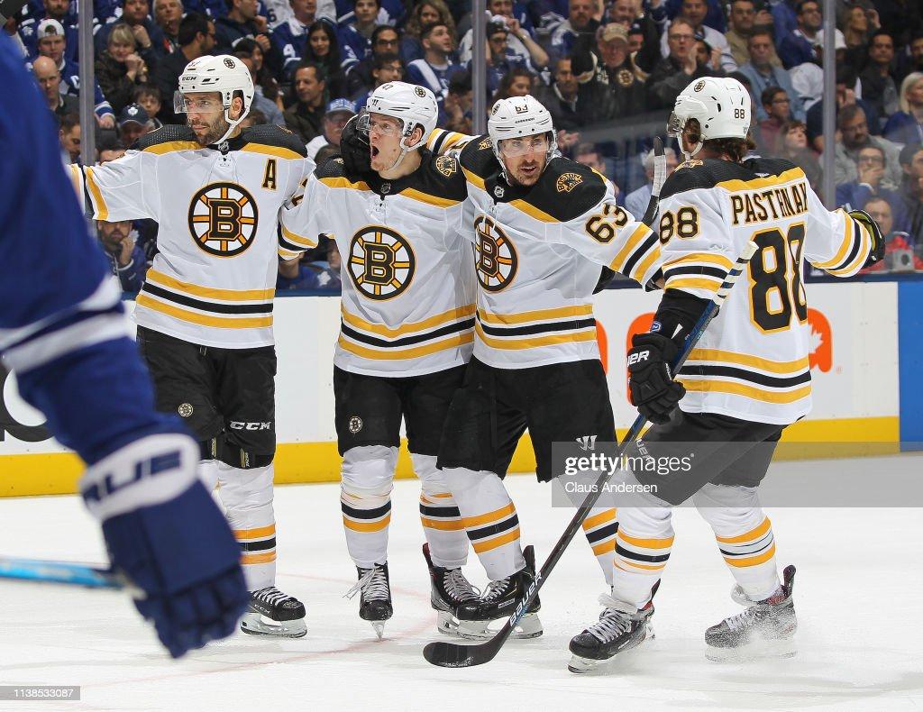Boston Bruins v Toronto Maple Leafs - Game Six : News Photo