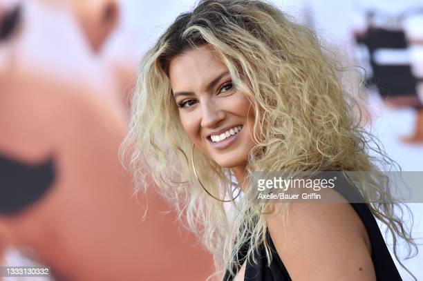 """Tori Kelly attends the Los Angeles Premiere of MGM's """"Respect"""" at Regency Village Theatre on August 08, 2021 in Los Angeles, California."""