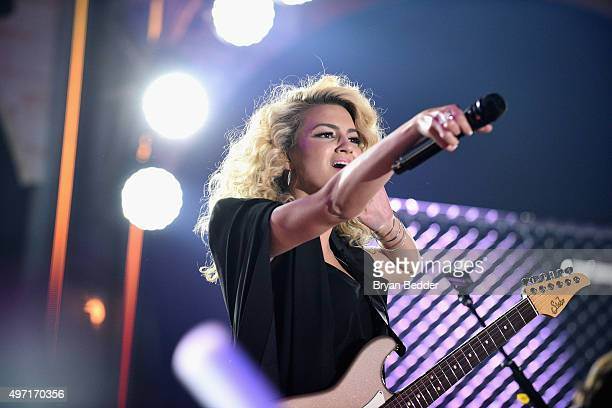 Tori Kelly performs on stage at the 2015 Nickelodeon HALO Awards at Pier 36 on November 14 2015 in New York City