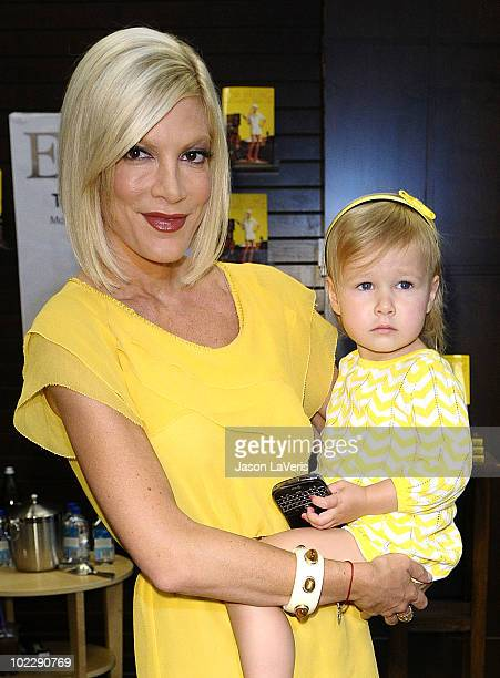 """Tori Spelling and daughter Stella McDermott attend Spelling's signing of her new book """"Uncharted TerriTORI"""" at Barnes & Noble bookstore at The Grove..."""
