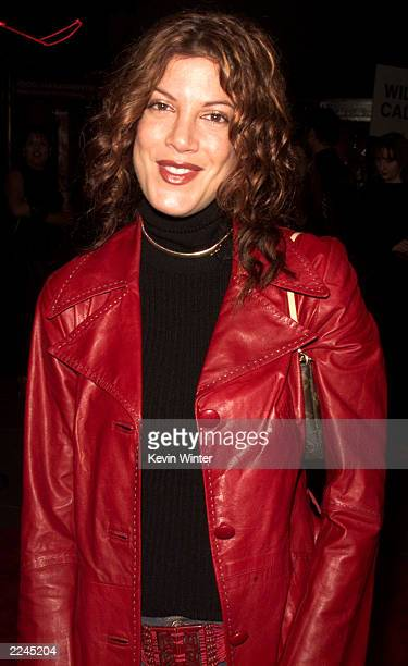 Tori Spelling at the premiere of 'Book Of Shadows Blair Witch 2' at the Chinese Theater in Los Angeles Ca 10/13/00 Photo by Kevin Winter/Getty Images