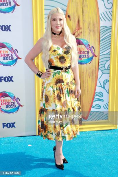 Tori Spelling attends FOX's Teen Choice Awards 2019 on August 11 2019 in Hermosa Beach California
