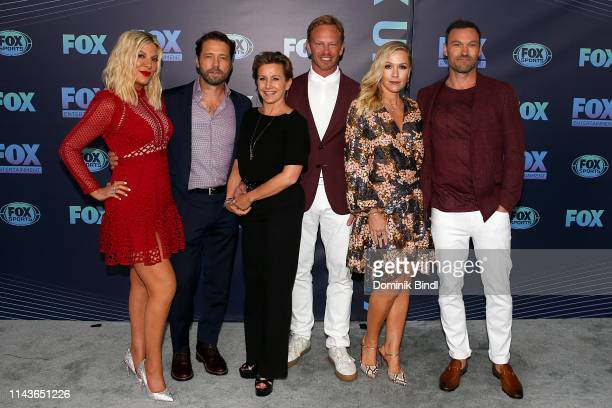Tori Spelling Jason Priestley Gabrielle Carteris Ian Ziering Jennie Garth and Brian Austin Green attend the 2019 FOX Upfront at Wollman Rink Central...