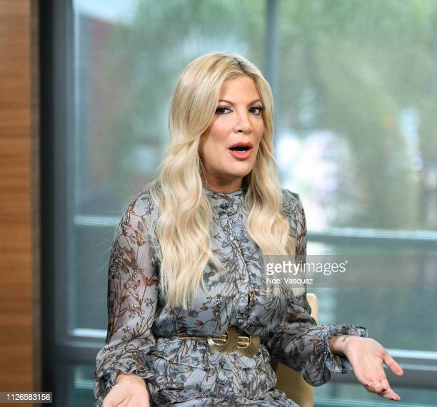 Tori Spelling visits 'Extra' at Universal Studios Hollywood on January 31 2019 in Universal City California