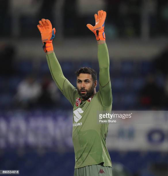Torino FC goalkeeper Salvatore Sirigu gestures during the Serie A match between SS Lazio and Torino FC at Stadio Olimpico on December 11 2017 in Rome...