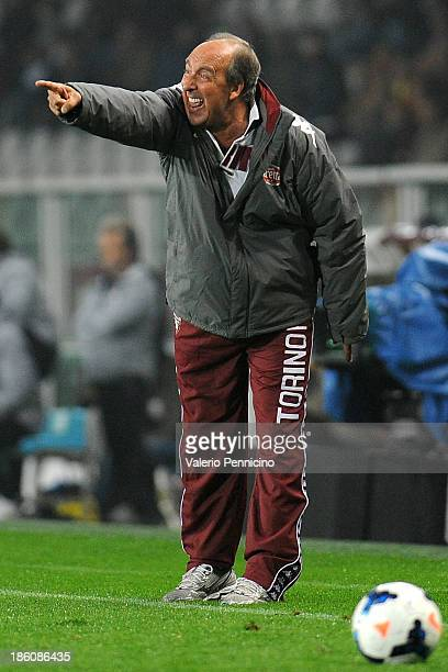 Torino FC head coach Giampiero Ventura shouts to his players during the Serie A match between Torino FC and FC Internazionale Milano at Stadio...