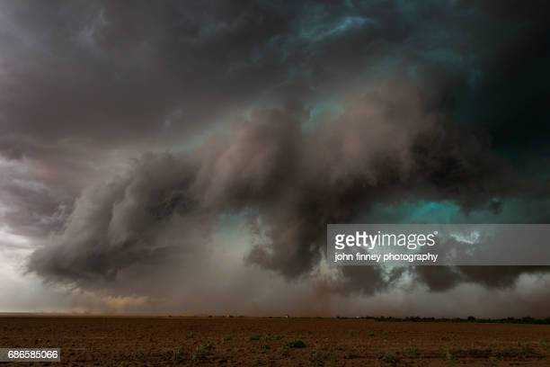 tornado touches down. patricia, texas,  usa - nube temporalesca foto e immagini stock