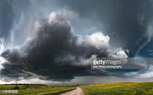 tornado warned supercell thunderstorm, four corners (wy) usa - storm stockfoto's en -beelden