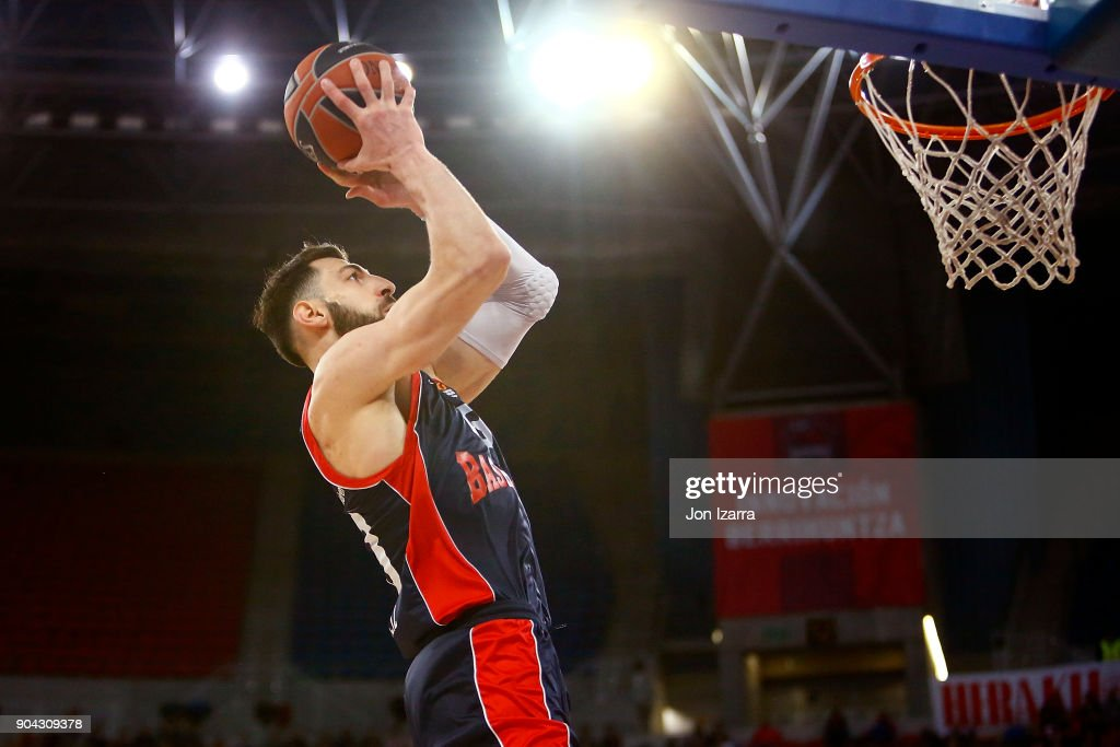Tornike Shengelia, #23 of Baskonia Vitoria Gasteiz in action during the 2017/2018 Turkish Airlines EuroLeague Regular Season Round 17 game between Baskonia Vitoria Gasteiz and Olympiacos Piraeus at Fernando Buesa Arena on January 12, 2018 in Vitoria-Gasteiz, Spain.