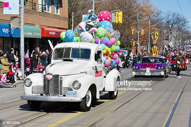 toronto 2016 beaches lions club easter parade - east stock pictures, royalty-free photos & images