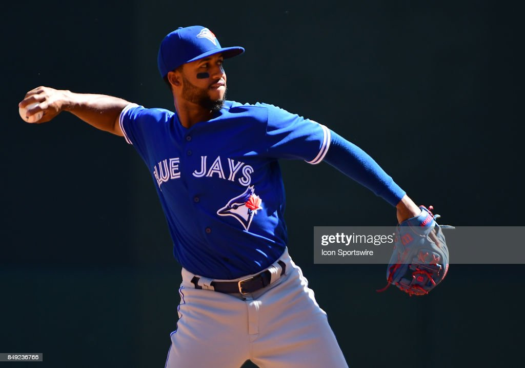 Toronto Blue Jays Infield Richard Urena (7) throws to 1st during a MLB game between the Minnesota Twins and Toronto Blue Jays on September 17, 2017 at Target Field in Minneapolis, MN. The Twins defeated the Blue Jays 13-7.