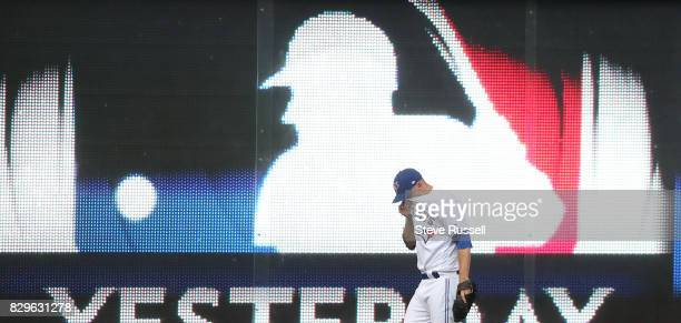 Toronto Blue Jays starting pitcher Marco Estrada warms up before the game as the Toronto Blue Jays shutout the New York Yankees 4-0 at the Rogers...