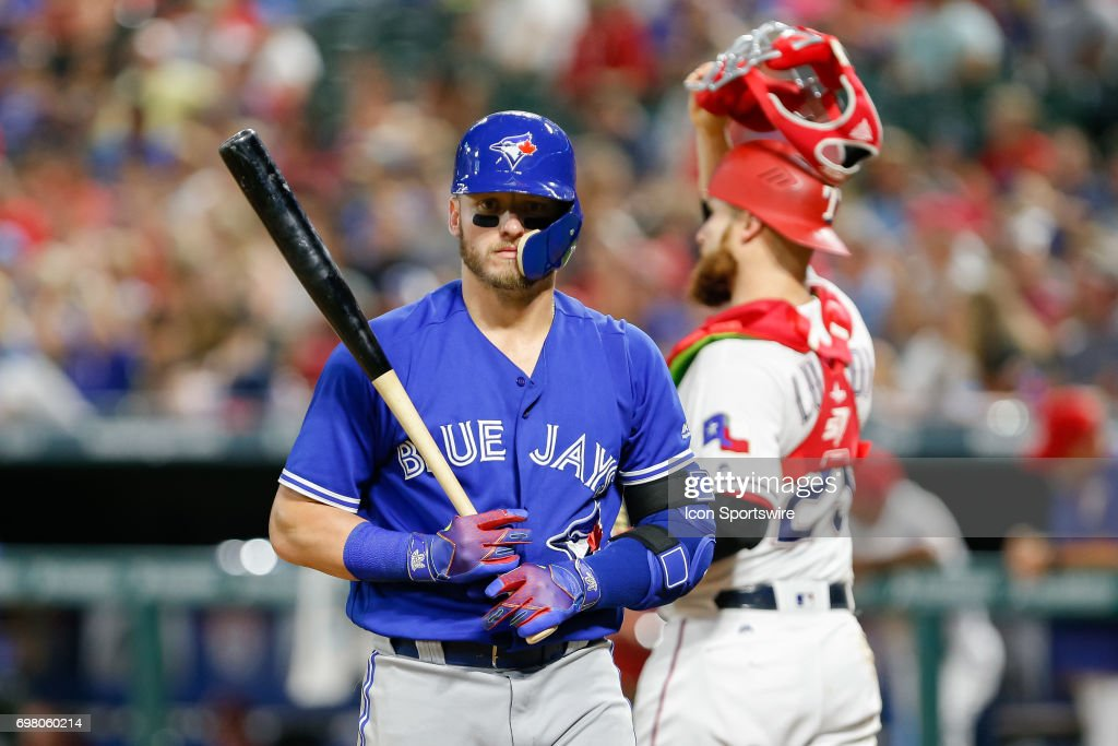 MLB: JUN 19 Blue Jays at Rangers : News Photo