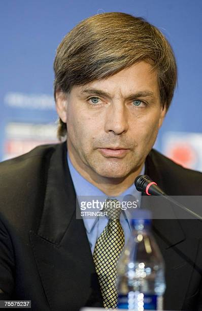 Harold MayneNicholls of Chile's Football Association addresses a press conference for the FIFA U20 World Cup 20 July 2007 in Toronto Ontario Canada...