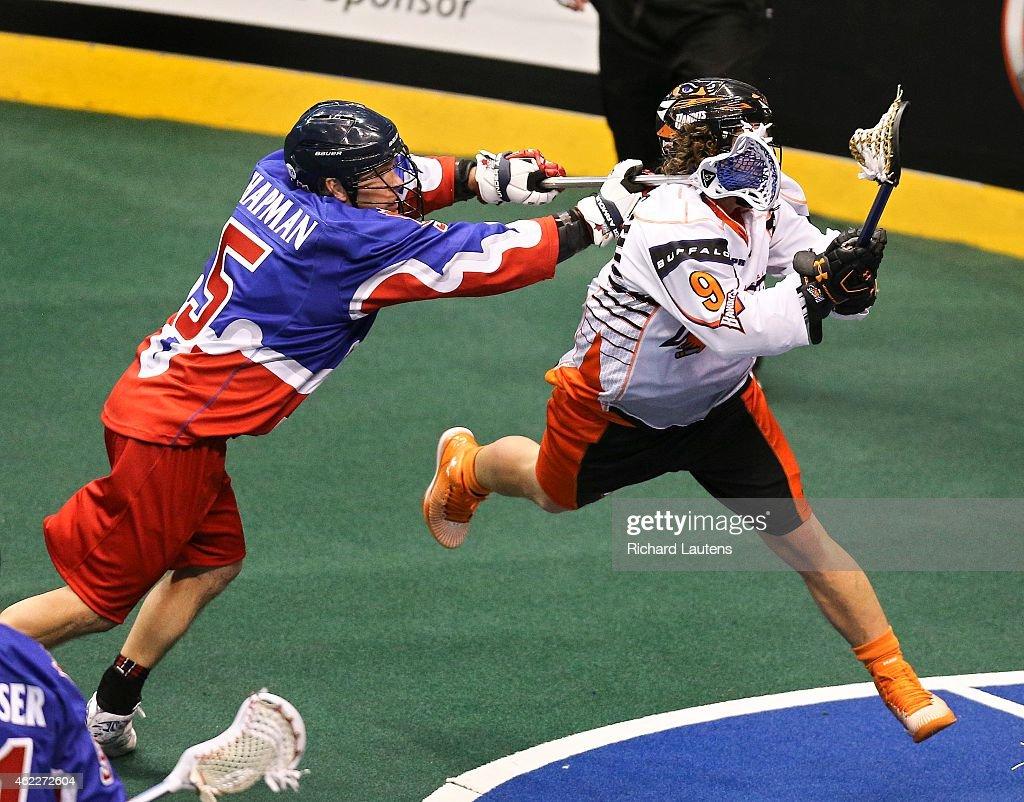 Toronto Rock take on the Buffalo bandits in NLL action : News Photo