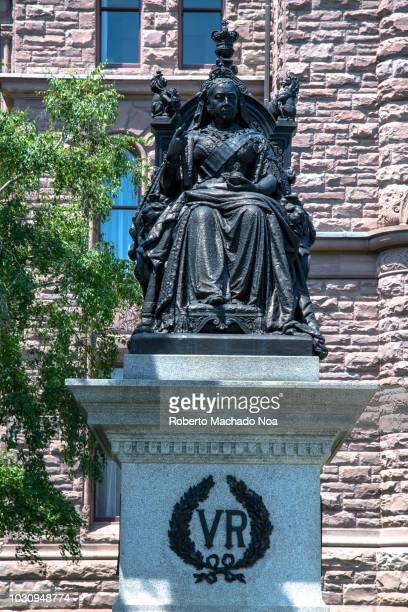 toronto, canada: queen victoria statue in the grounds of queen's park - queen victoria stock pictures, royalty-free photos & images
