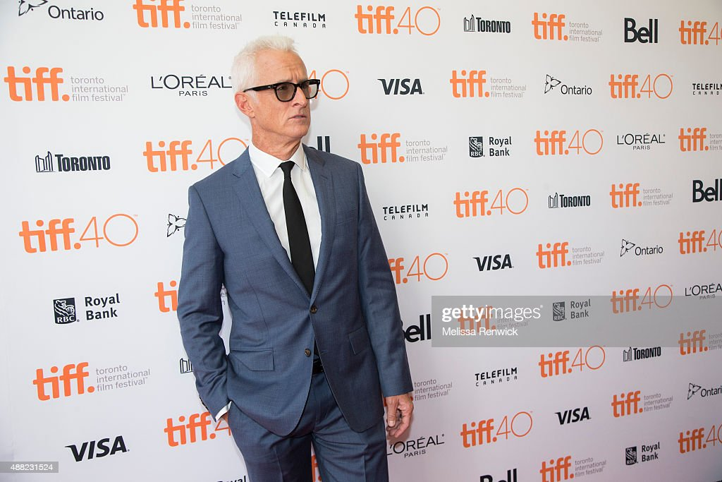 John Slattery arrives on the red carpet at the Princess of Wales Theatre for the premiere of Spotlight at the Toronto International Film Festival. : News Photo