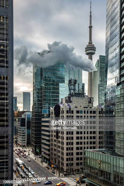 toronto city skyline - cn tower stock pictures, royalty-free photos & images