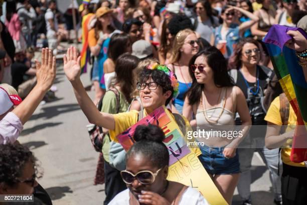 toronto dyke mars - intersex photos et images de collection
