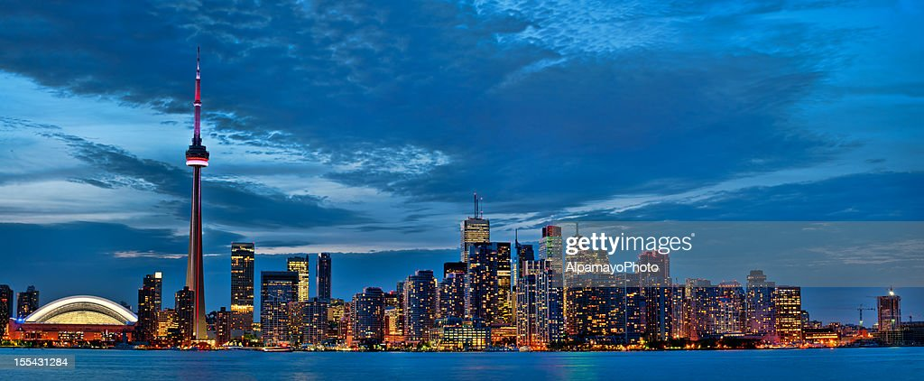 Toronto Evening Cityscape Iv Stock Photo - Getty Images