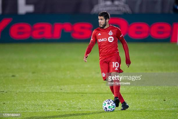 Toronto FC Midfielder Alejandro Pozuelo controls the ball during the second half of a Major League Soccer match between the Atlanta United FC and the...
