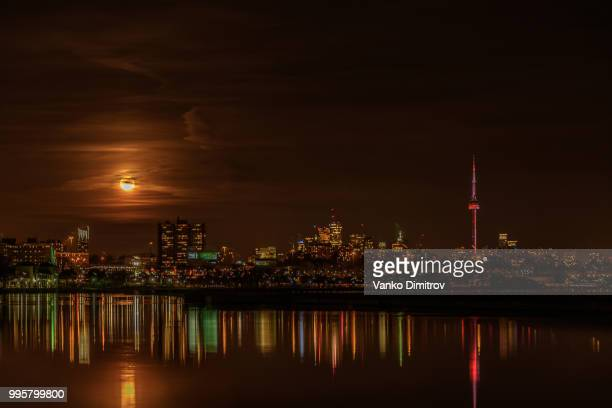 Toronto full moon