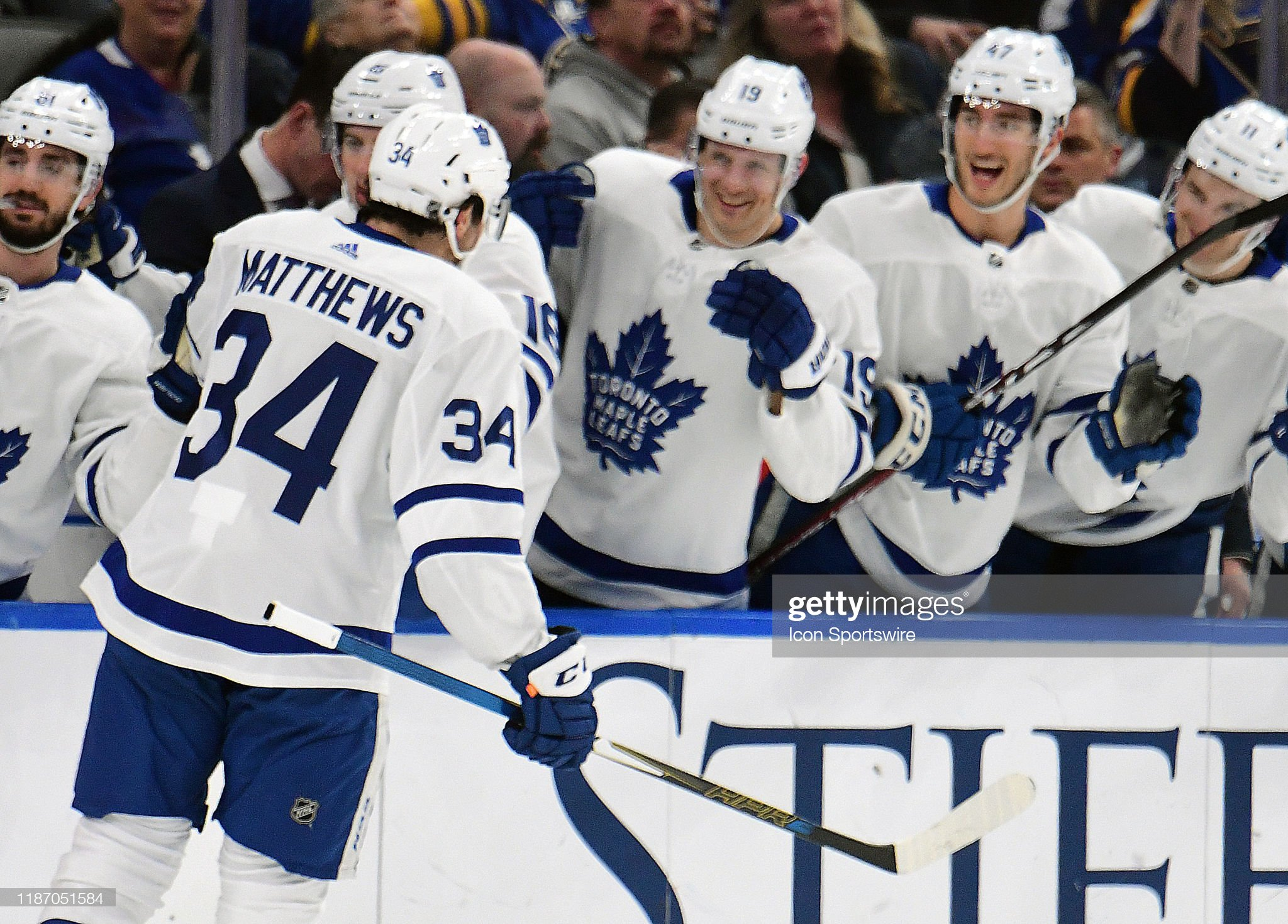 toronto-maple-leafs-center-austin-matthe