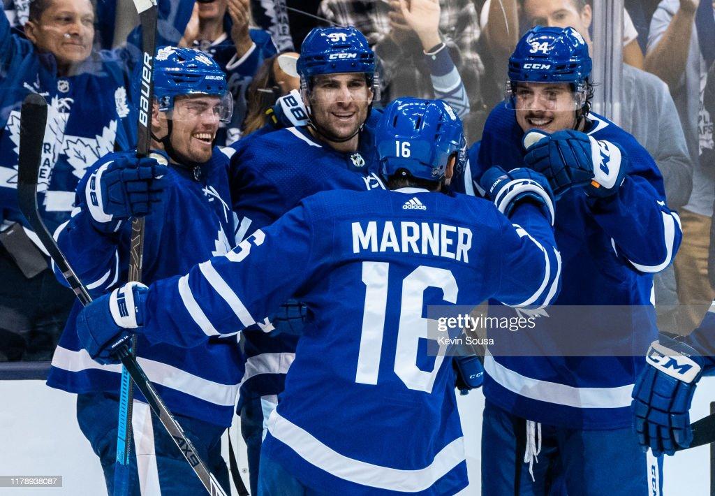 Toronto Maple Leafs Center Auston Matthews Celebrates With Teammates News Photo Getty Images