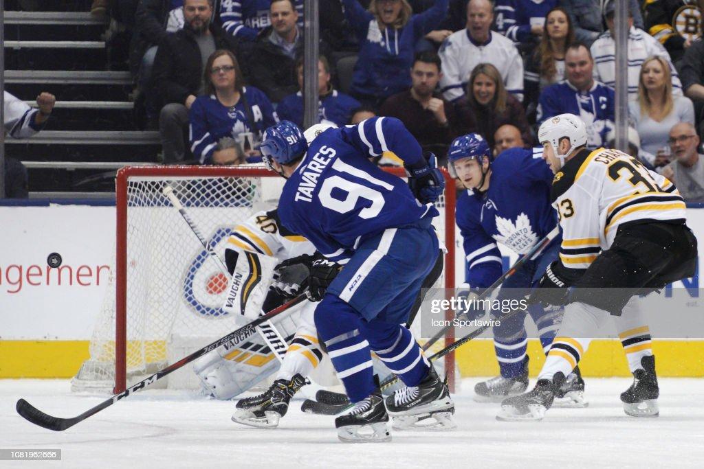 NHL: JAN 12 Bruins at Maple Leafs : News Photo