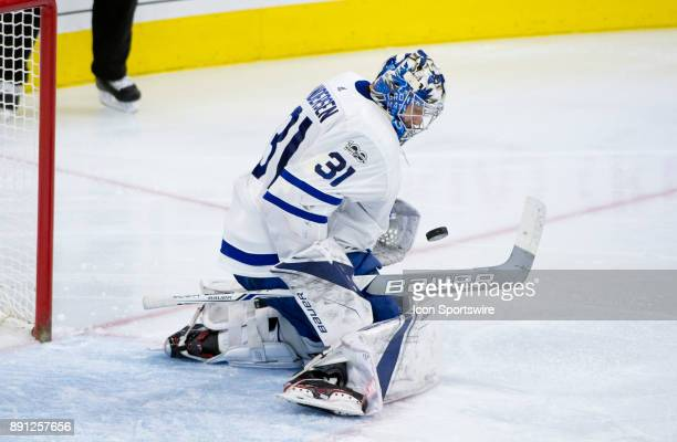 Toronto Maple Leafs Goalie Frederik Andersen makes a save in the third period during the game between the Toronto Maple Leafs and Philadelphia Flyers...