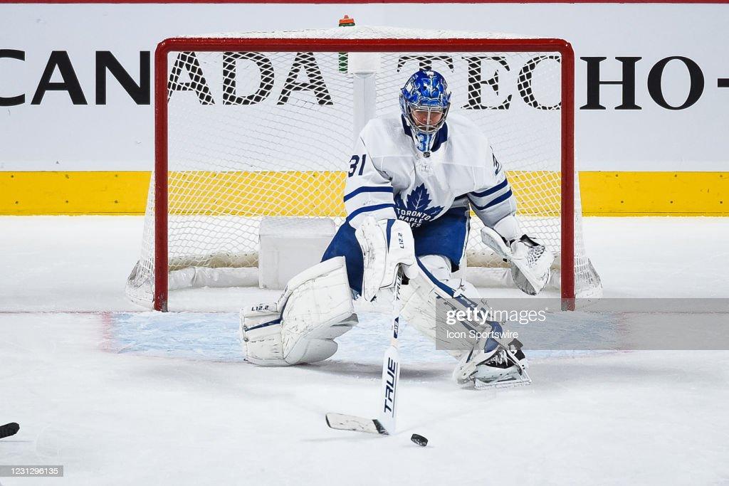 NHL: FEB 20 Maple Leafs at Canadiens : News Photo
