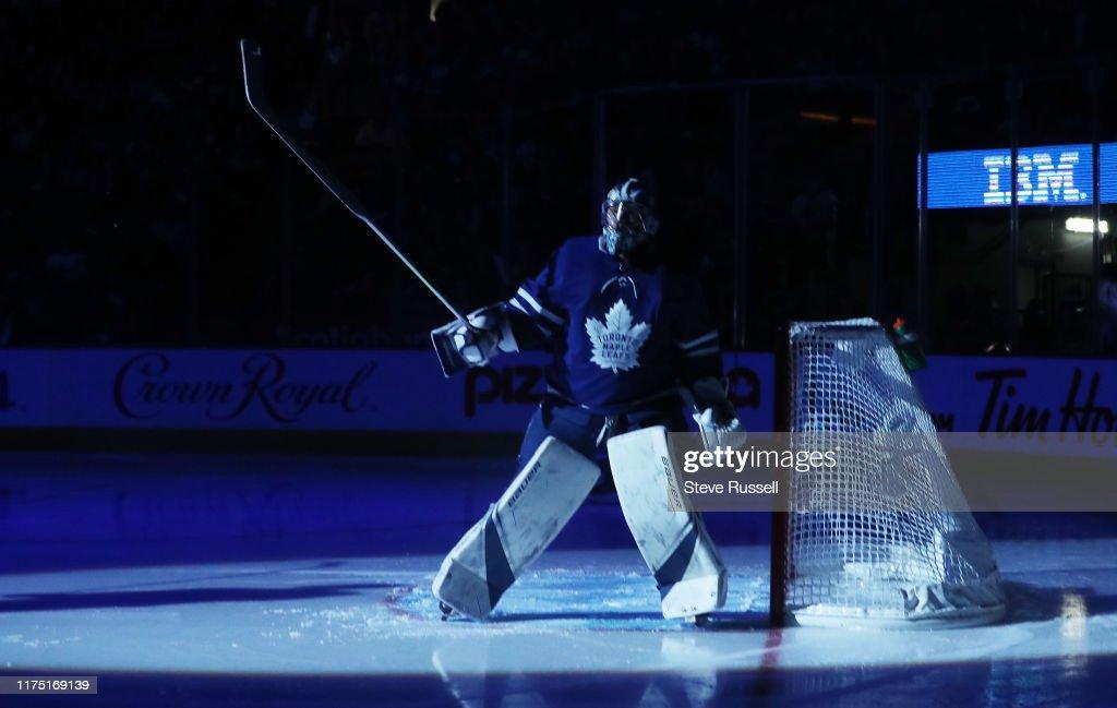 Toronto Maple Leafs play the Tampa Bay Lightning : News Photo
