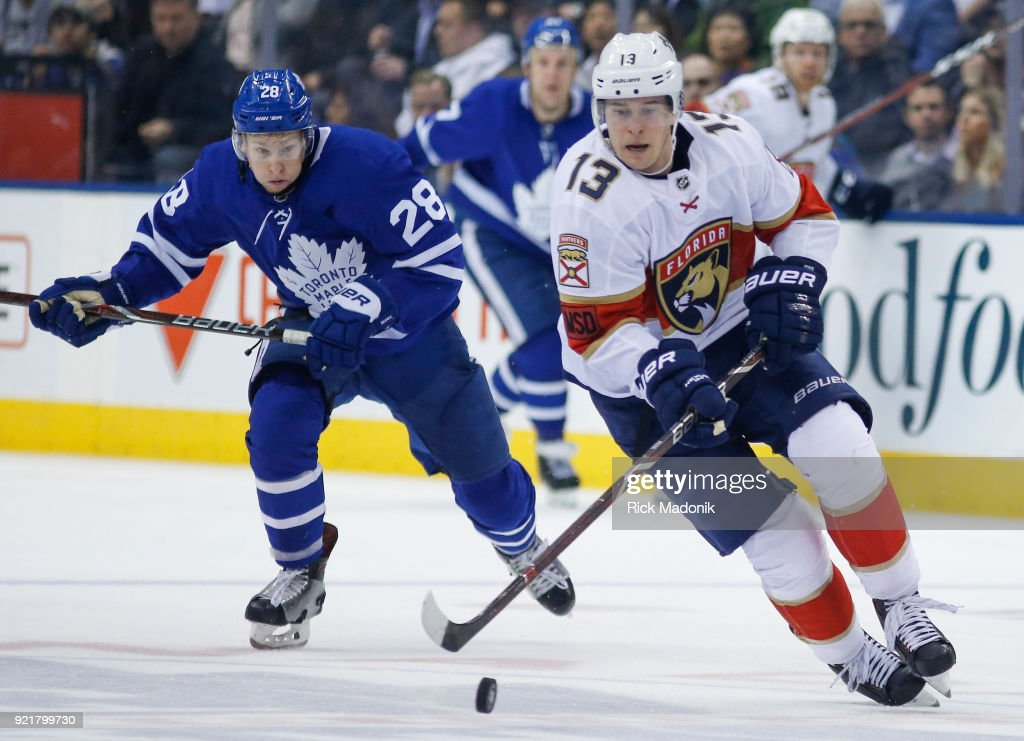Toronto Maple Leafs right wing Connor Brown (28) hustles back as Florida Panthers defenseman Mark Pysyk (13) moves through the neutral zone. Toronto Maple Leafs VS Florida Panthers during 3rd period action in NHL regular season play at the Air Canada Centre. Leafs win 1-0. Toronto Star/Rick Madonik