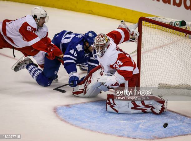 Toronto Maple Leafs right wing Troy Bodie has a chance in front of the wings net as the Toronto Maple Leafs host the Detroit Red Wings at the Air...