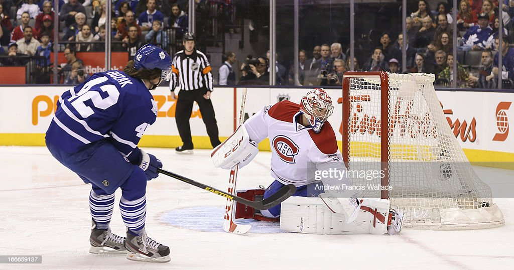 Toronto Maple Leafs Tyler Bozak Scores On Montreal Canadiens Carey News Photo Getty Images