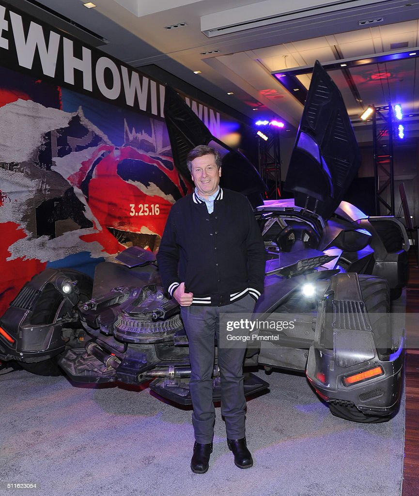 """Toronto Mayor Checks Out The Batmobile from """"Batman v Superman: Dawn of Justice"""""""